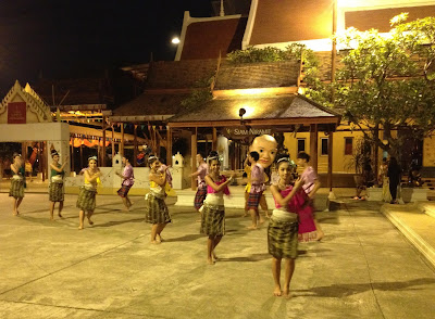 Dance at Siam Niramit Bangkok