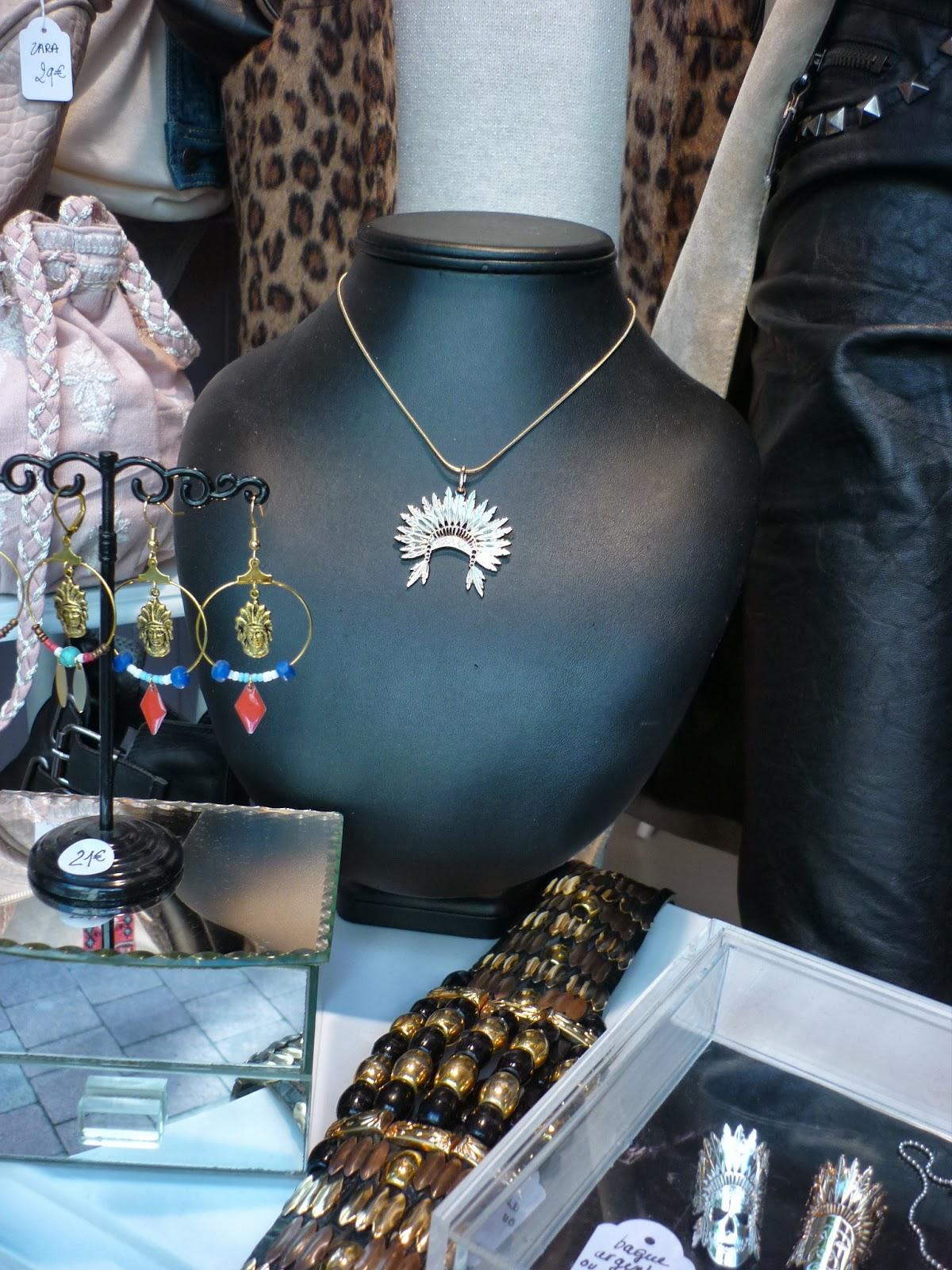 chamade d p t vente bordeaux accessoires bijoux chaussure sac collier. Black Bedroom Furniture Sets. Home Design Ideas