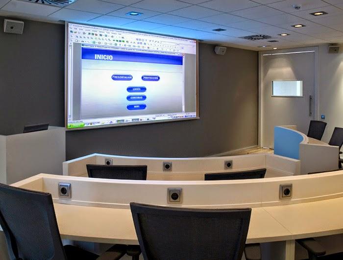 Informatica en el futuro for Real madrid oficinas telefono