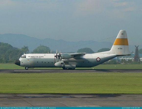 Hercules C-130 TNI AU