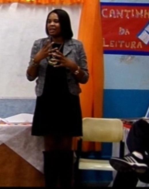 Profª Elisangela