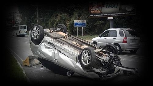 acidente carro - bebida