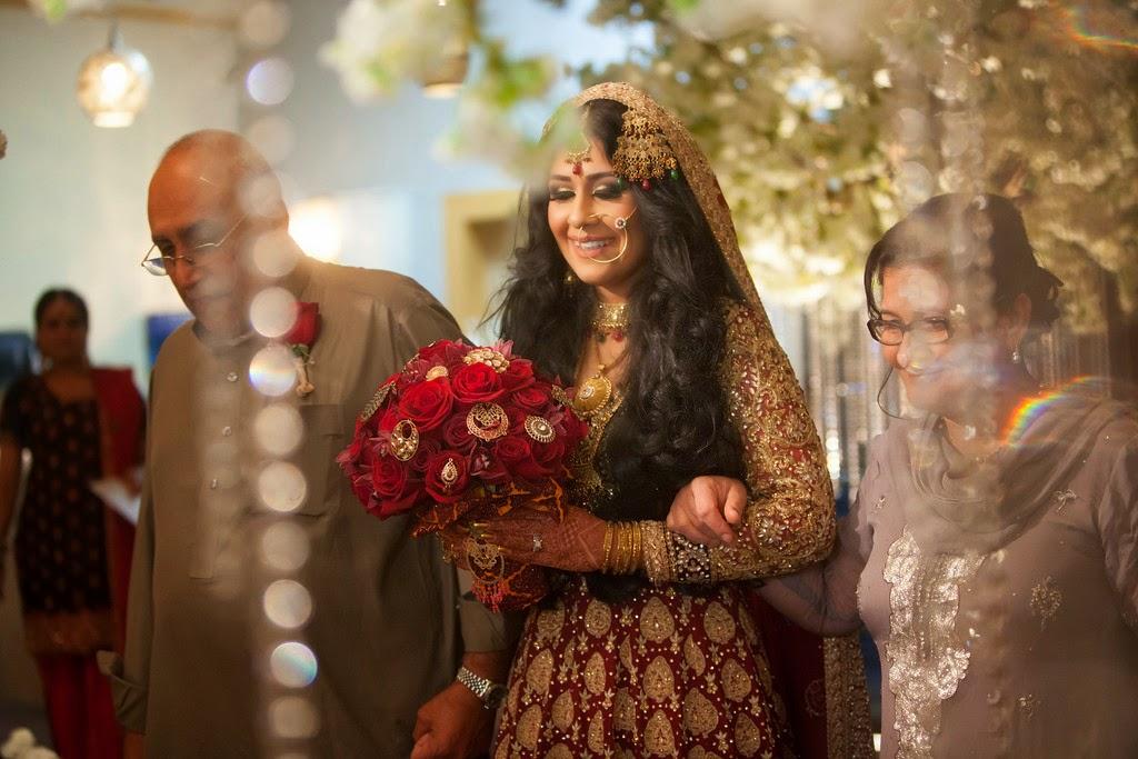 south asian wedding, bride, bouquet