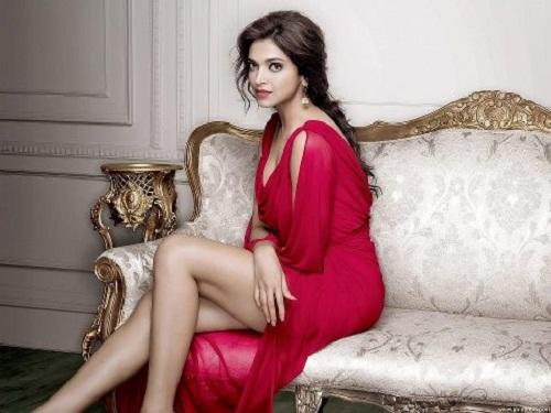 Deepika Padukone hot legs in sexy red dress