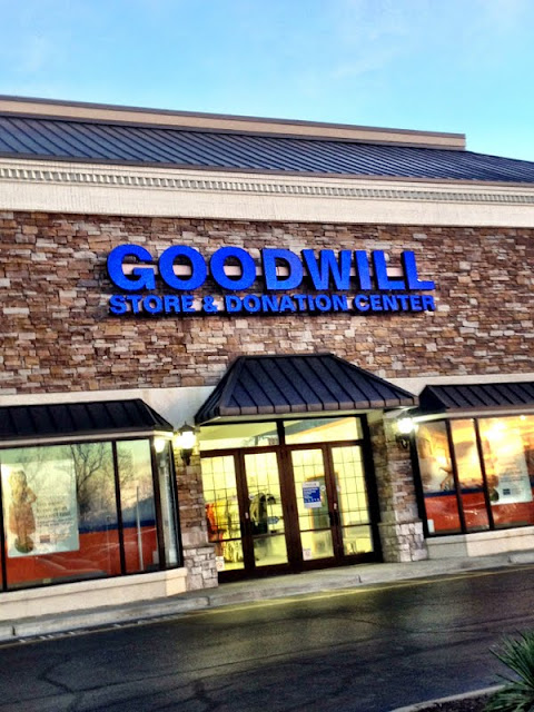 goodwill thrift shop popping tags