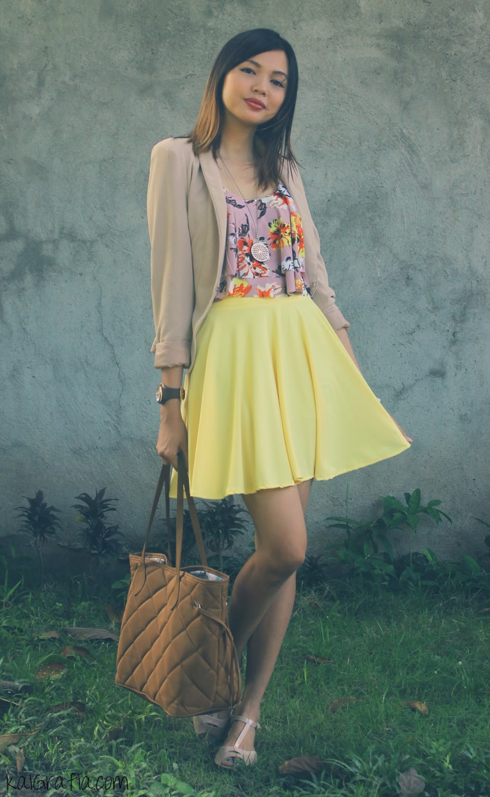 Pastel Yellow and Floral Combo