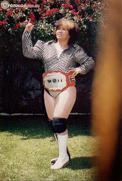 Tania - Female Mexican Wrestlers