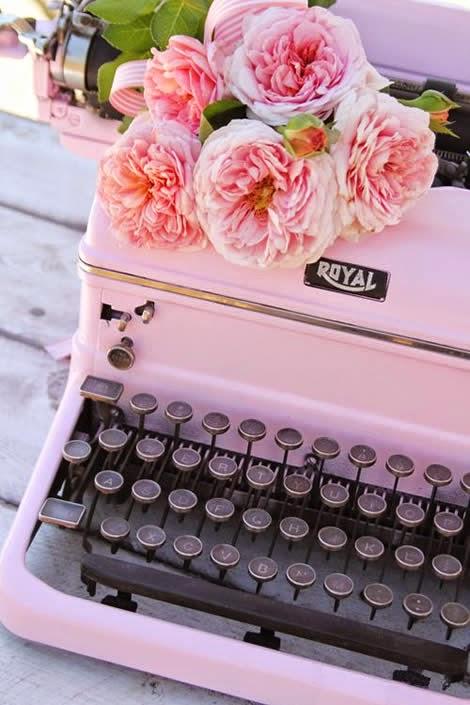 Girl. Inspired.: Vintage Typewriter Makeover