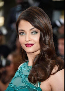 Aishwarya Rai walks on red carpet at Cannes