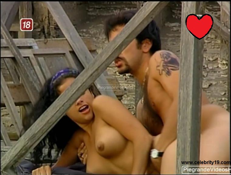 Paola Ruiz Nude