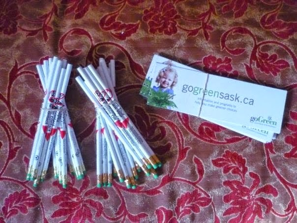 Profiter des Échantillons Gratuits des Crayons et des stickers de Environment chez vous