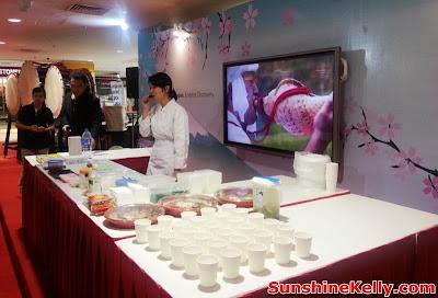 Welcome to Japan Fair, Iwate Food Fair, AEON Bandar Utama, bandar utama, shopping mall, japan food fair,  mochi, kids bento, osechi, origami workshop, japan cooking demo