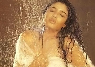 Raveena Tandon hot bollywood actress