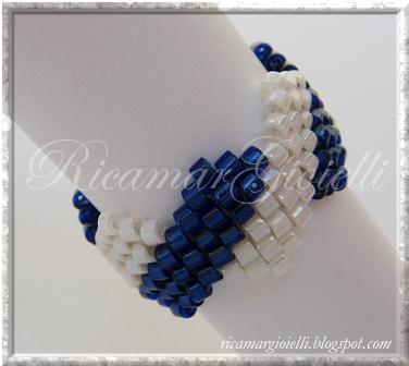 anello in brick stitch
