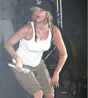 Fergie Wets Her Pants