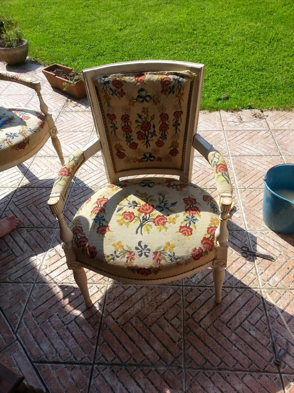 merci cl mence j 39 ai test pour vous retaper des fauteuils directoire 1 3. Black Bedroom Furniture Sets. Home Design Ideas