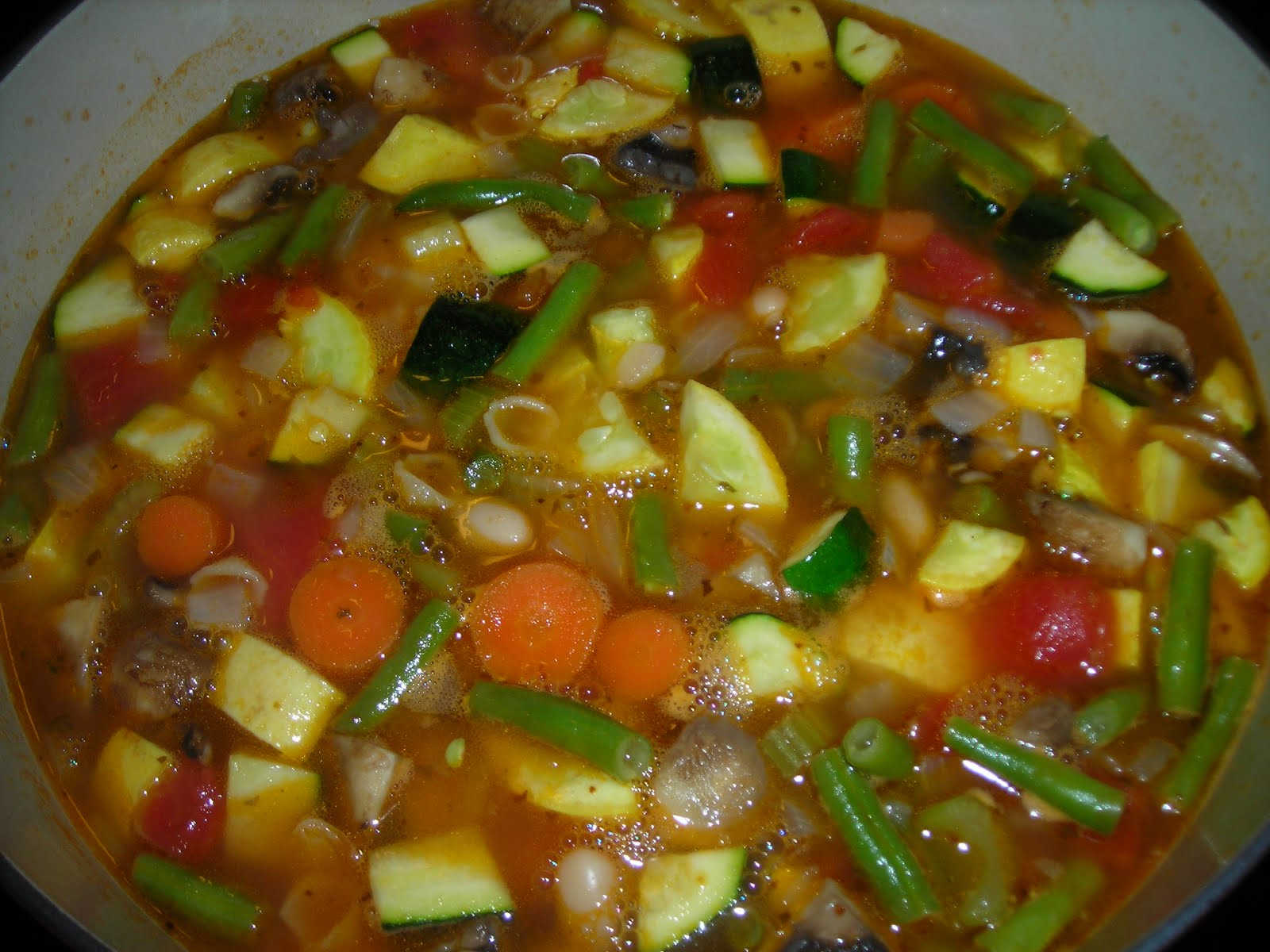 Jodie's Weekend Warm-Ups: Roasted Vegetable Minestrone Soup