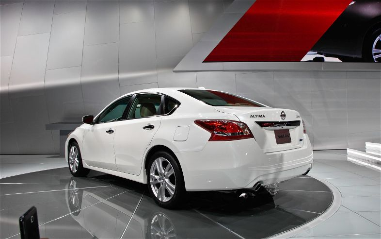 2013 nissan altima gallery photos wallpaper picture cars gallery photos. Black Bedroom Furniture Sets. Home Design Ideas