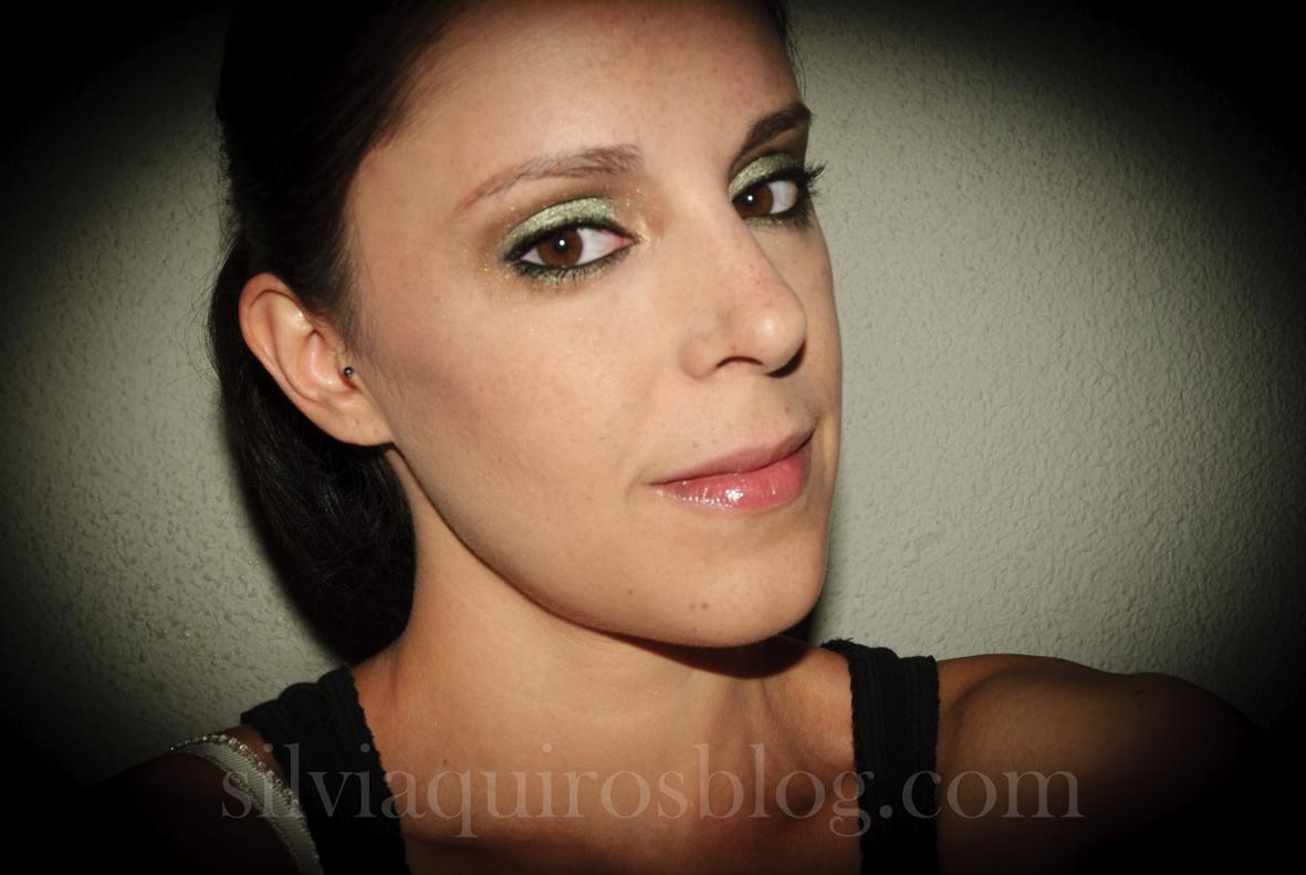 http://4.bp.blogspot.com/-aIkEwc0cag4/UFFBhbGZXHI/AAAAAAAARjg/Zgxeim-uOUk/s1600/scarlett+johansson+verde5.jpg