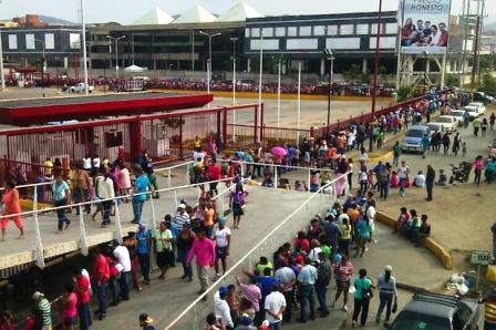 Henrique Capriles: Hasta aquí los trajo el río…