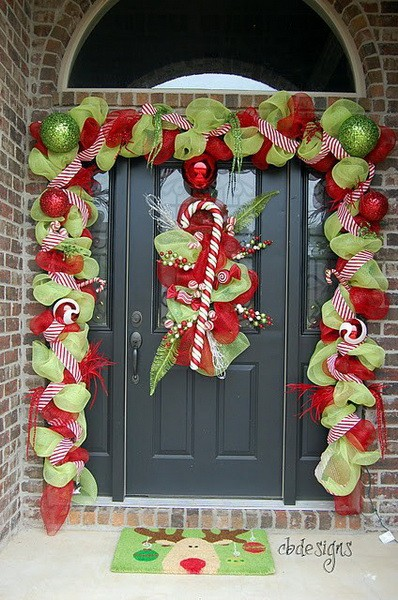 Front Door Christmas Decorating
