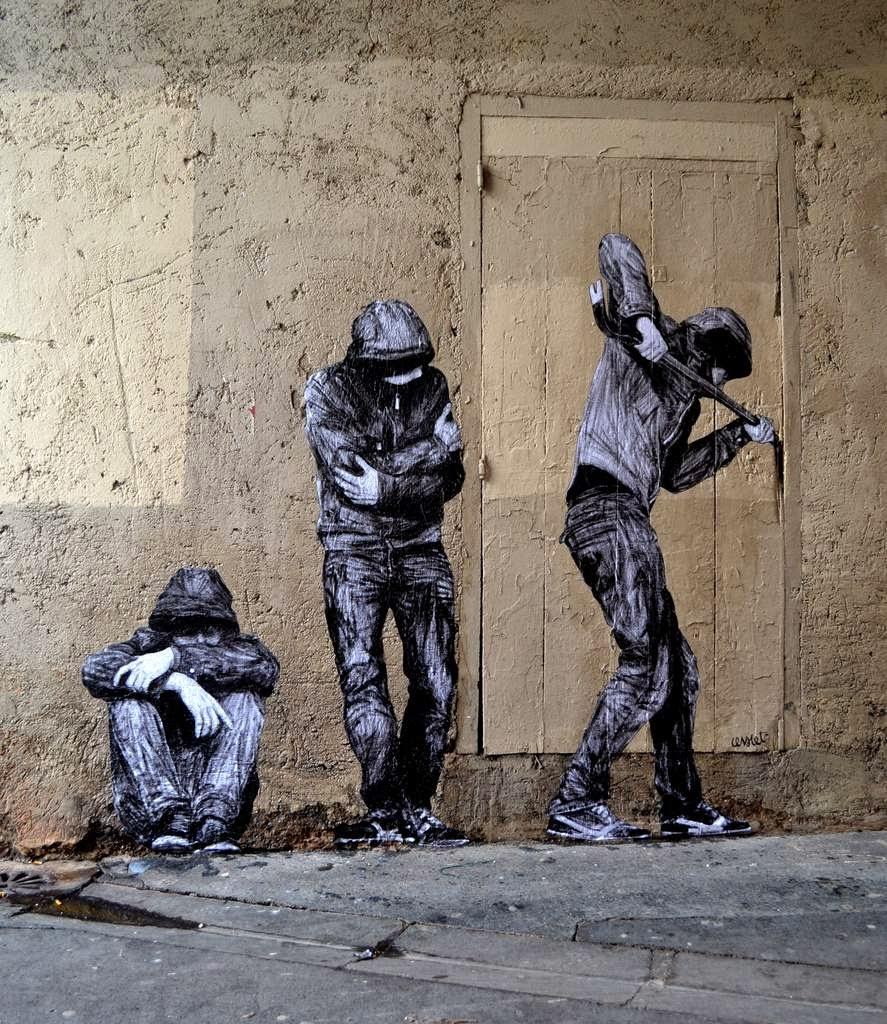 Charles Leval better known as Levalet is back on the streets of Paris in France with a brand new piece which just appeared within the tenth district of the city.