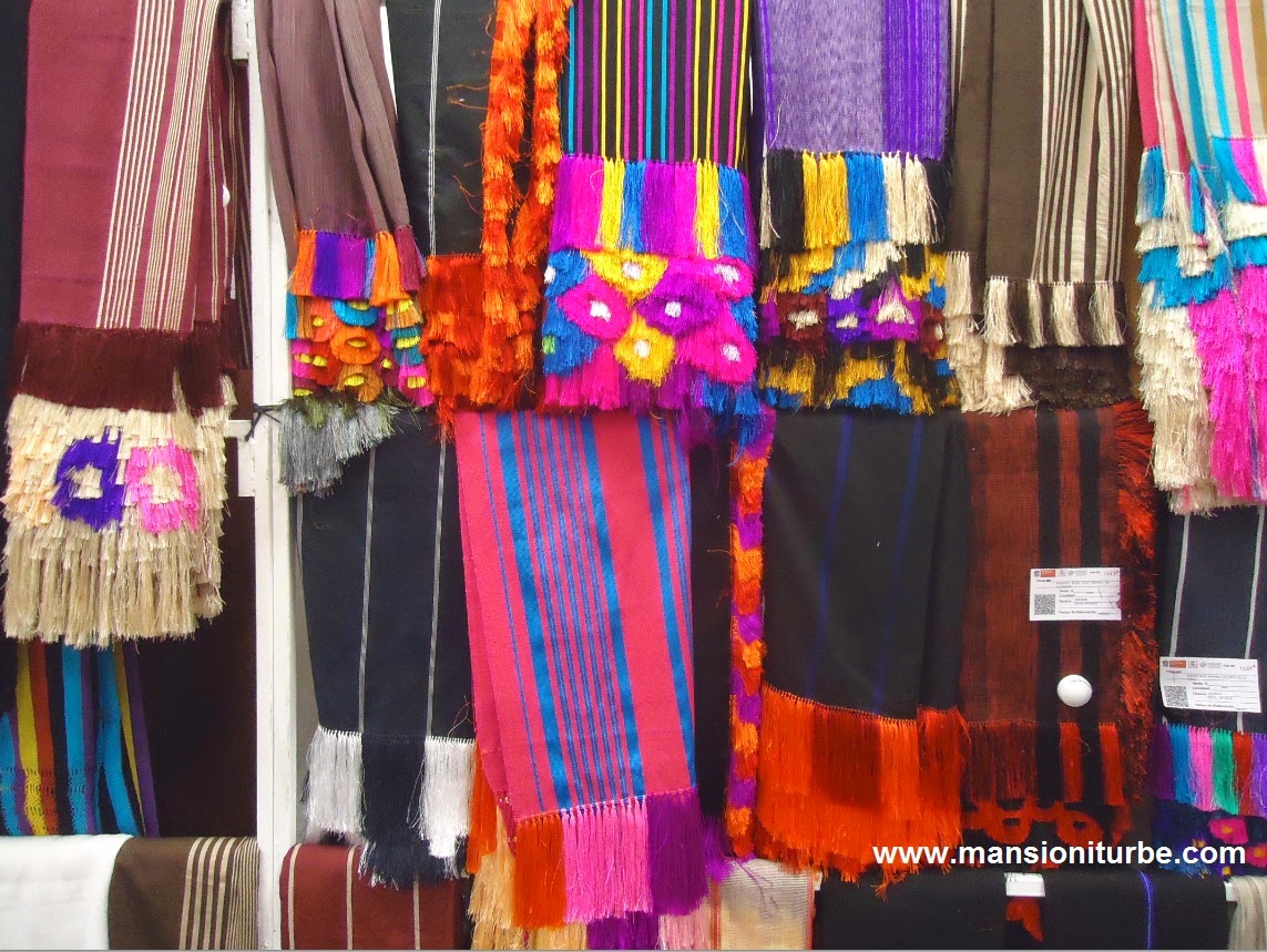 Mexican Shawls from Michoacán