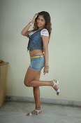 Komal Jha trendy Photo shoot Gallery-thumbnail-16