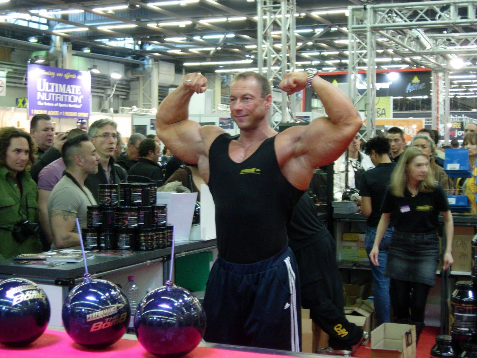 gr gory capra visite au salon mondial du fitness paris