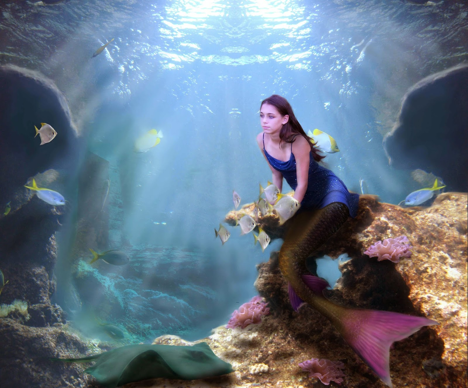 beautiful-girl-mermaid-costume-under-water-sea-photoshoot-images-3500x2905.jpg
