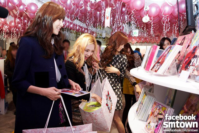 Girls Generation pop up store