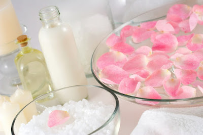 rose petal facial for women