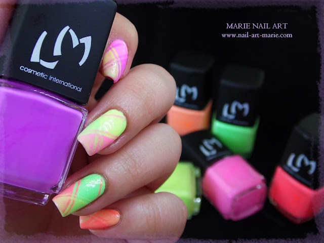 Nail Art Ecossais Pastel Fluo1