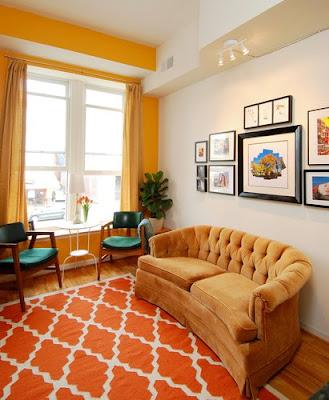 sala con colores calidos