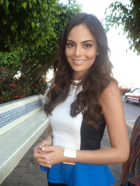 Ximena Navarrete La Tempestad