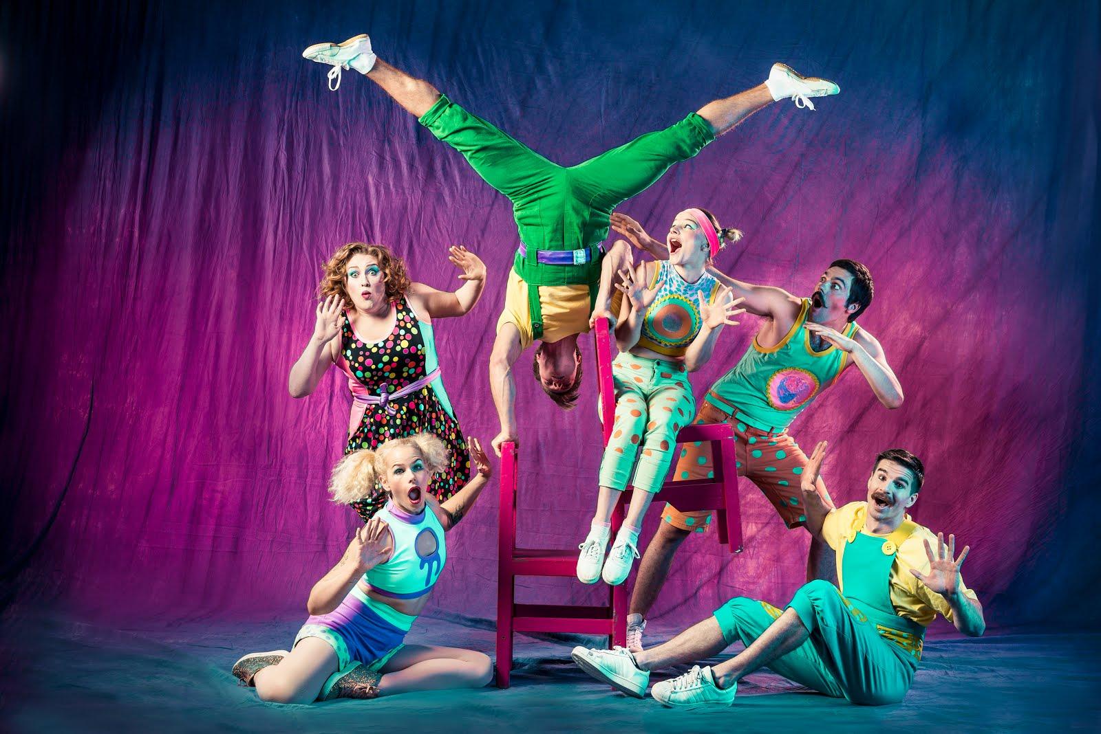 BUBBLEGUM CABARET - Astounding circus tricks!