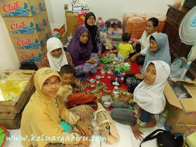 Silaturahmi keluarga di Surabaya