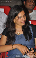 singer geetha madhuri latest photos-pics-images-stills