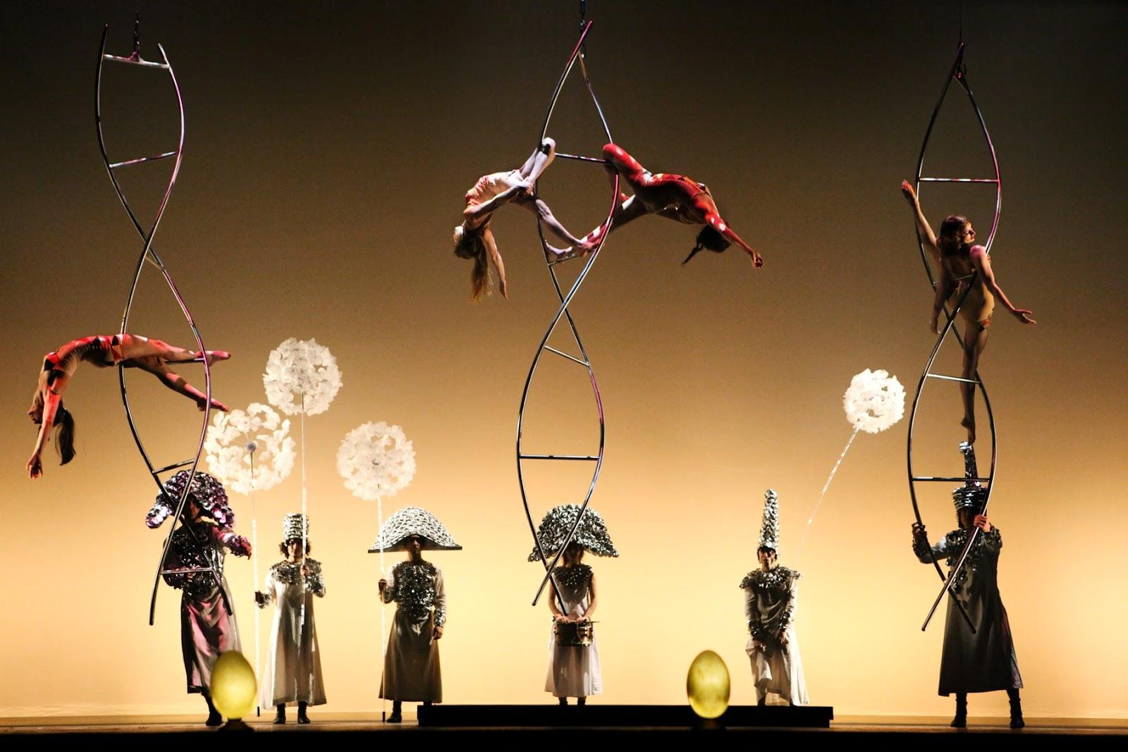 """Presenta """"La Verità"""" un espectáculo de poesía, humor y teatro acrobático en el Teatro de la Ciudad"""