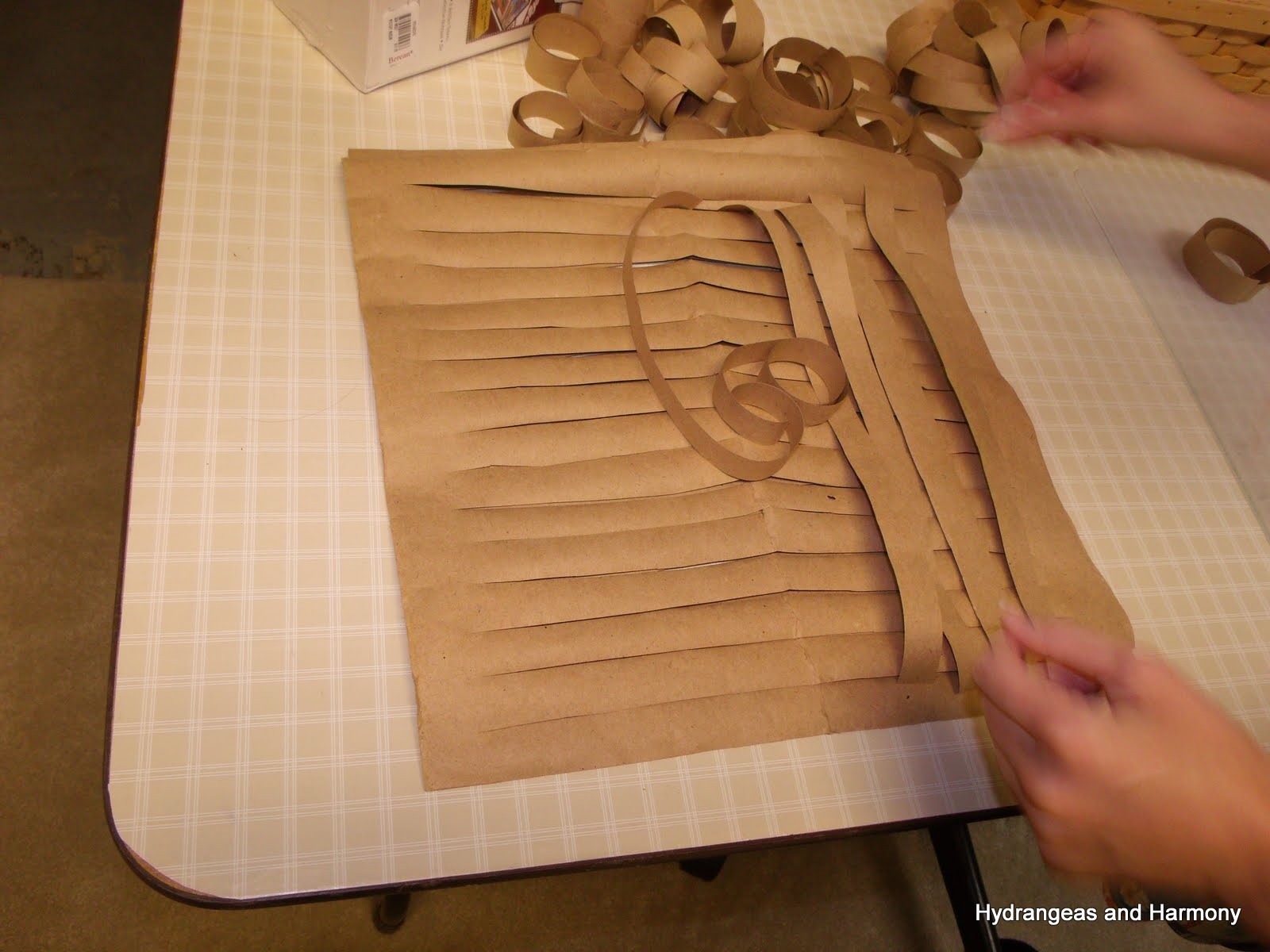 how to make papyrus with paper