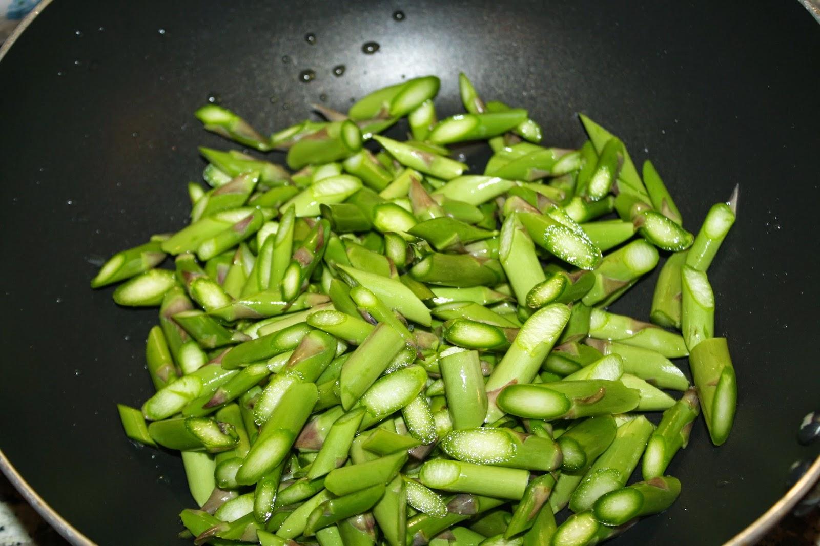 ricetta pasta asparagi zafferano
