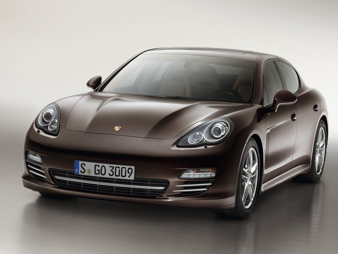 porsche panamera platinum edition views car. Black Bedroom Furniture Sets. Home Design Ideas