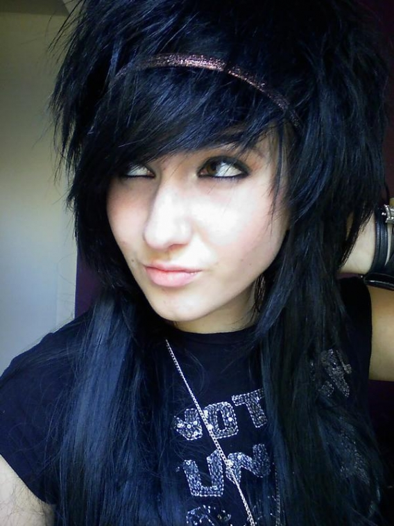Short Emo Hair Styles For Girls: Cute Emo Haircuts - Women Emo Hair