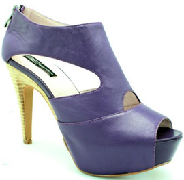 Belén Esteban zapatos 2012