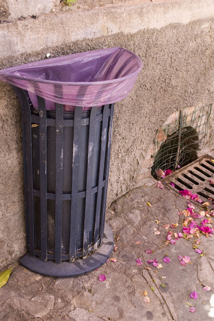 positano garbage