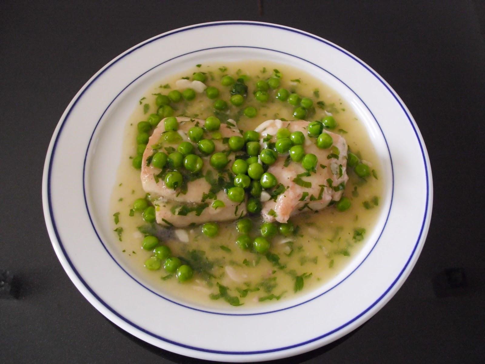 Delicious la cocina de carmen merluza en salsa verde con for Lomos de merluza en salsa verde
