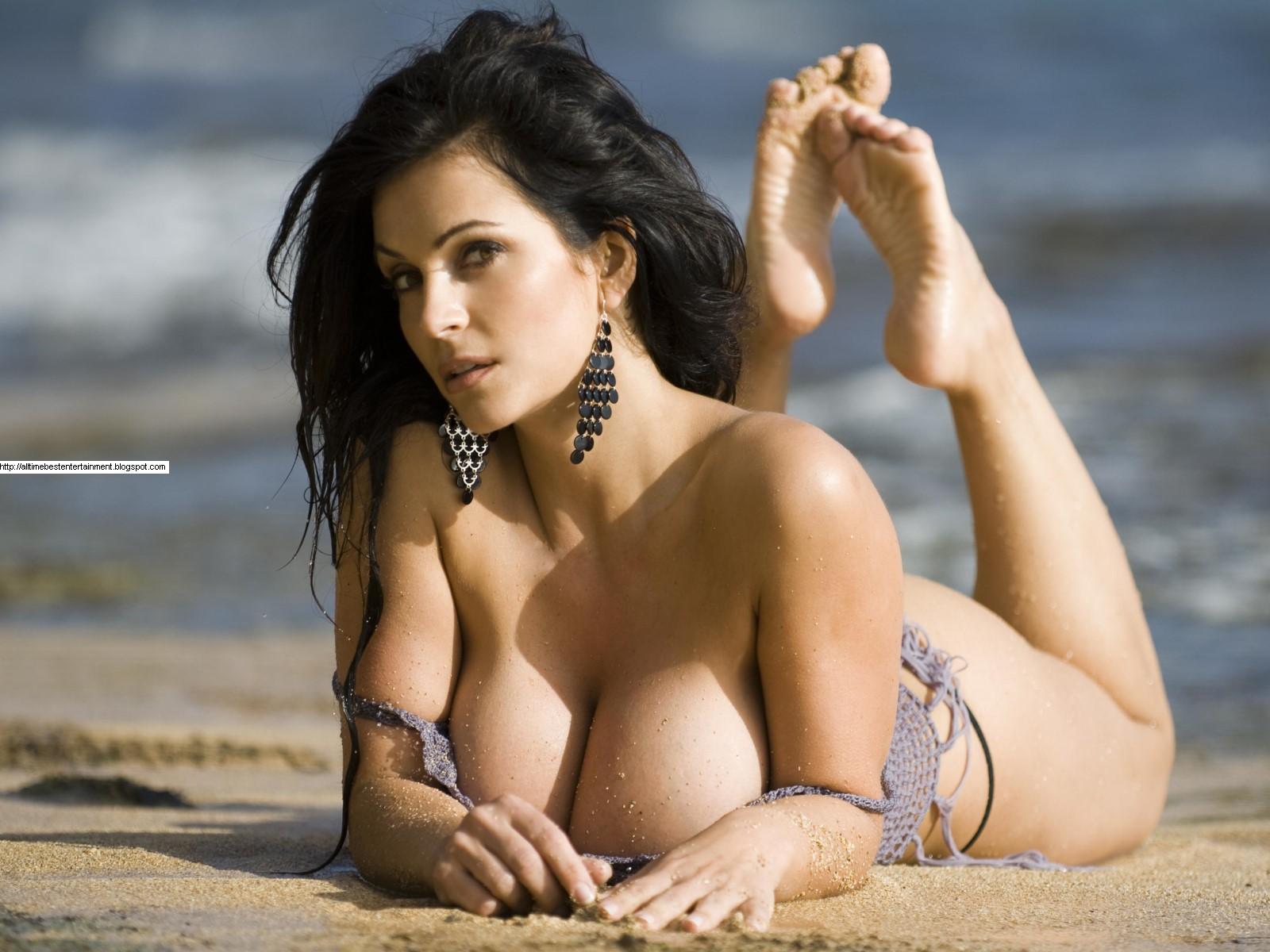 http://4.bp.blogspot.com/-aL4NvFHxKzw/TfEazAXg5vI/AAAAAAAAAPg/nku4tGtICeE/s1600/Denise_Milani_3486_Wallpaper.JPG