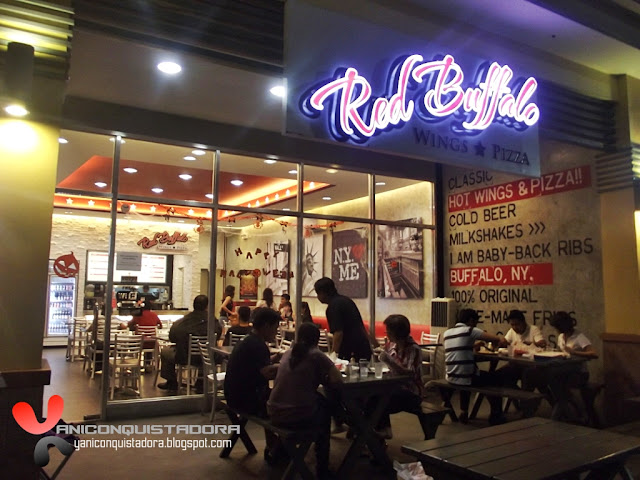 Red Buffalo Wings and Pizza: A True Americal Original in Greenhills Town Center