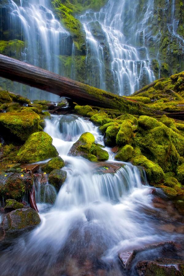 15 Beautiful Waterfalls From Around The World Most Beautiful