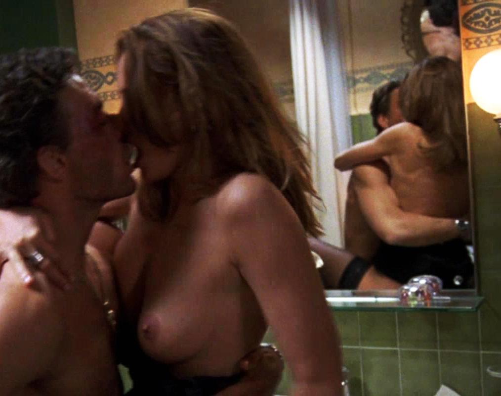 Natasha Henstridge - Sex Scene Maximum Risk - XVIDEOSCOM